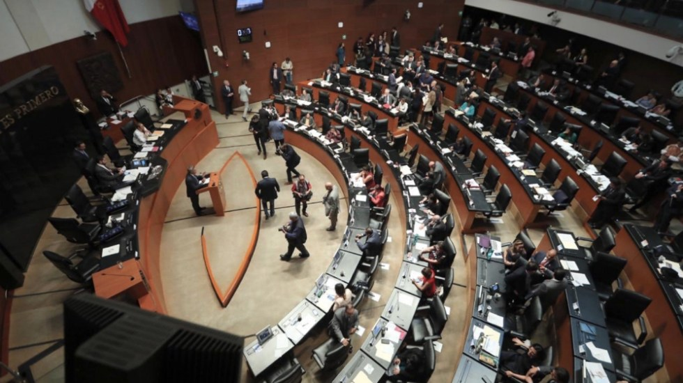 La propuesta de Morena para eliminar las comisiones bancarias - Sesión en el Senado. Foto de Internet