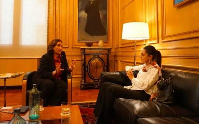 Sheinbaum estrecha relaciones con alcaldesa de Barcelona - Sheinbaum