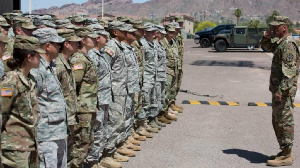 El Pentágono desplegará miles de militares más en la frontera - aprueban despliegue de soldados a la frontera entre méxico y ee.uu.