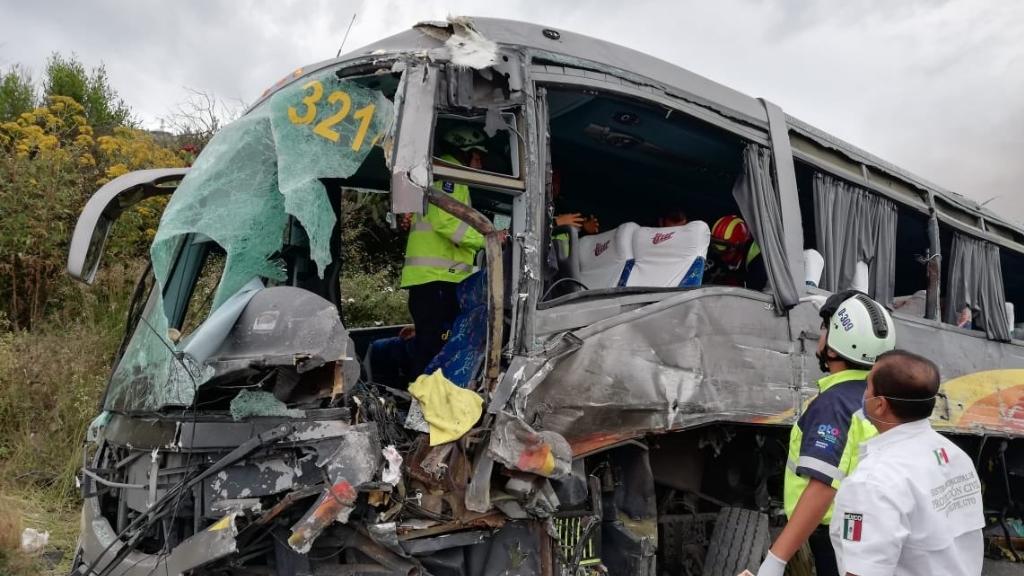 Se accidenta en Guanajuato autobús con equipo femenil de básquetbol. Noticias en tiempo real