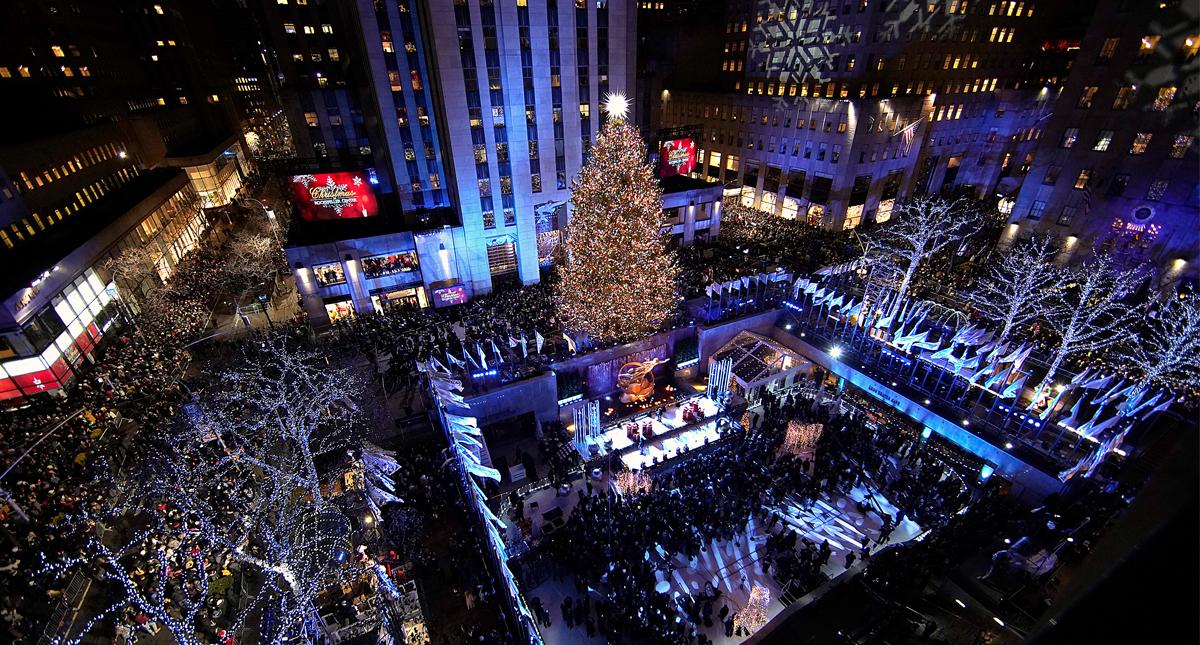 #Video Encienden el árbol navideño del Rockefeller Center de Nueva York