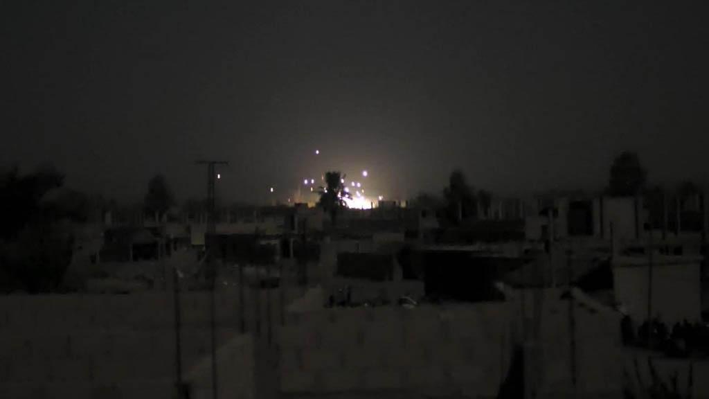 Ataque aéreo mata a 43 personas en Siria - Ataque aéreo en Hajin, Siria. Foto de Twitter