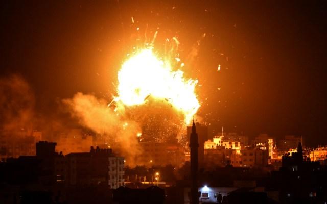 Israel bombardea Gaza tras lanzamiento de cohetes palestinos - Foto de AFP