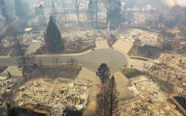 Incendios en California dejaron pérdidas de más de 10 mmdd - Devastación en Paradise. Foto de AFP / Getty Images