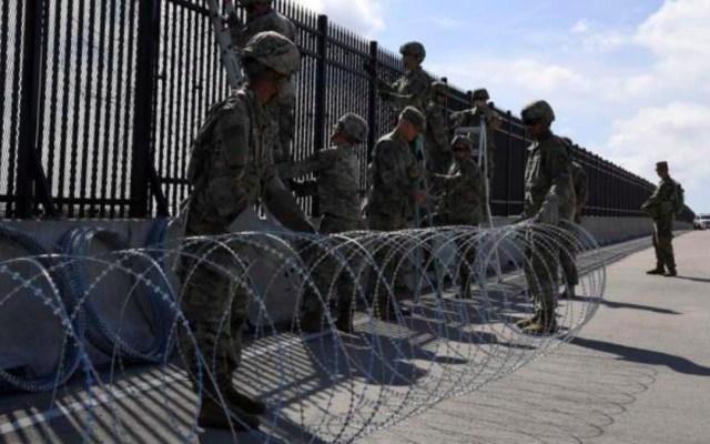 Aumenta a 5 mil 600 militares desplegados en frontera sur de EE.UU. - Militares desplegados en la frontera sur de EE.UU.