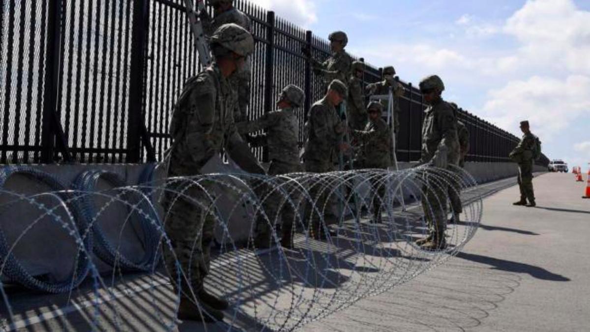Militares desplegados en la frontera sur de EE.UU.