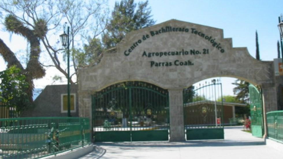 Evacuan a alumnos de bachillerato en Coahuila por gases tóxicos - Foto de Internet