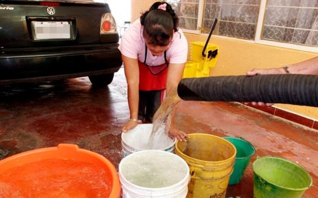 Sacmex pide ahorrar agua ante 'contingencia fuerte' - Foto de Notimex