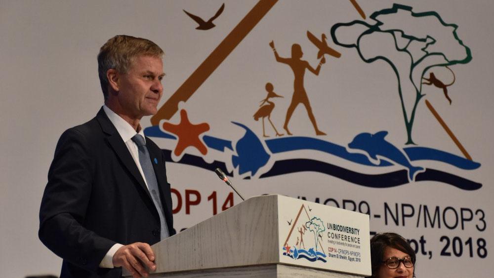 Renuncia director del PNUMA tras auditoría de viajes oficiales - Foto de @ErikSolheim