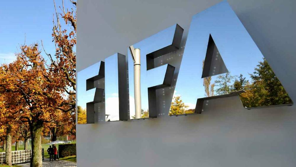 Presidente del Olimpia de Paraguay, inhabilitado de por vida por la FIFA - fifa contrataciones mercado de invierno