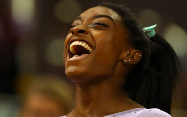 #Video Simone Biles rompe récord con cuarto título mundial - Foto de Getty Images
