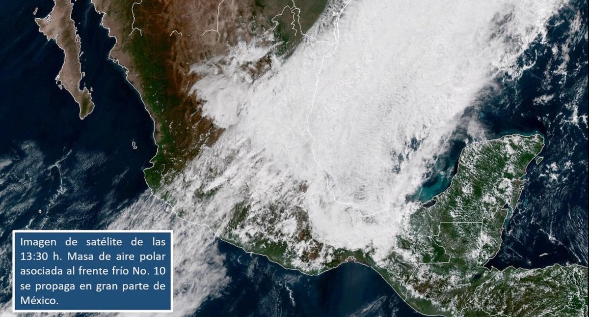 Masa de aire polar asociada al Frente Frío 10. Foto de @conagua_clima