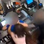 #Video Mujer golpea a gerente de McDonald's porque no le dieron catsup