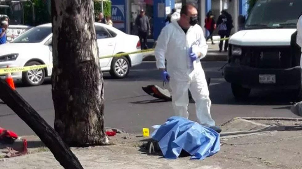 #Video Camión impacta y mata a motociclista en Venustiano Carranza - Foto de Noticieros Televisa