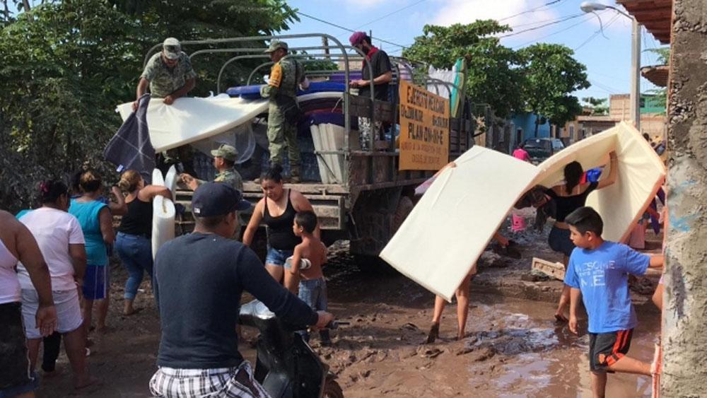 Continúa atención de afectados en Nayarit por huracán Willa. Noticias en tiempo real