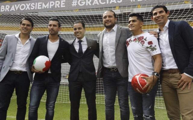 Omar Bravo anunció en el Estadio Jalisco su retiro del futbol - Foto de @OBravoOficial
