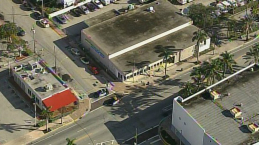 Descubren paquete sospechoso en oficina postal de Miami - Foto de Internet