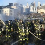 #Video Choque ocasiona incendio en Puente de Brooklyn; hay un muerto - Foto de @FDNY