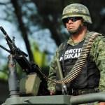 Bloqueos y enfrentamientos en Nuevo Laredo en huída de criminales - Elemento de la Sedena. Foto de Internet