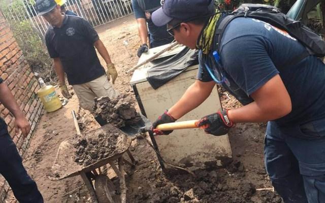 Siguen labores de limpieza en Nayarit tras paso de Willa - Brigadas de rescatistas realizan labores de limpieza en distintas zonas de Nayarit. Foto de PC y Bomberos de Nayarit