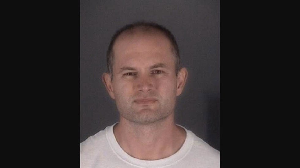 Sujeto intenta robar automóvil tras salir de la cárcel en Florida - Foto de Oficina del Sheriff del Condado de Pasco