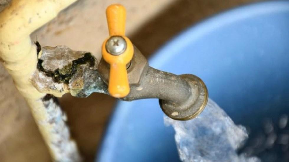 Suministro de agua en el Edomex se normalizará este jueves - Restringirán a 50 litros diarios suministro de agua a deudores con el sacmex