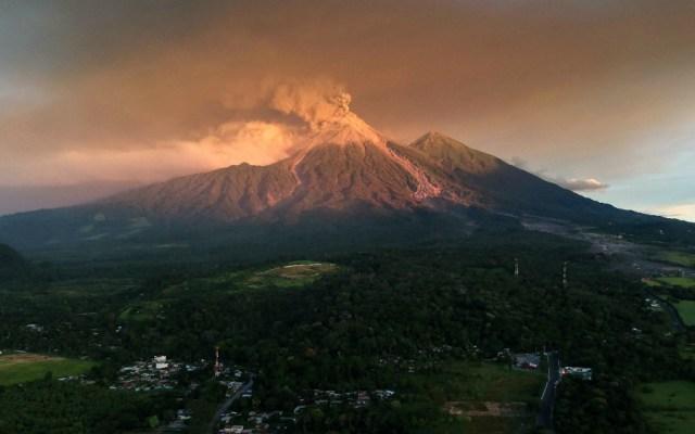 Volcán de Fuego mantiene 15 explosiones por hora - Foto de AFP