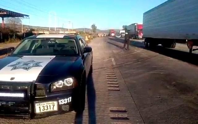 Reabren circulación en la México-Querétaro tras accidente