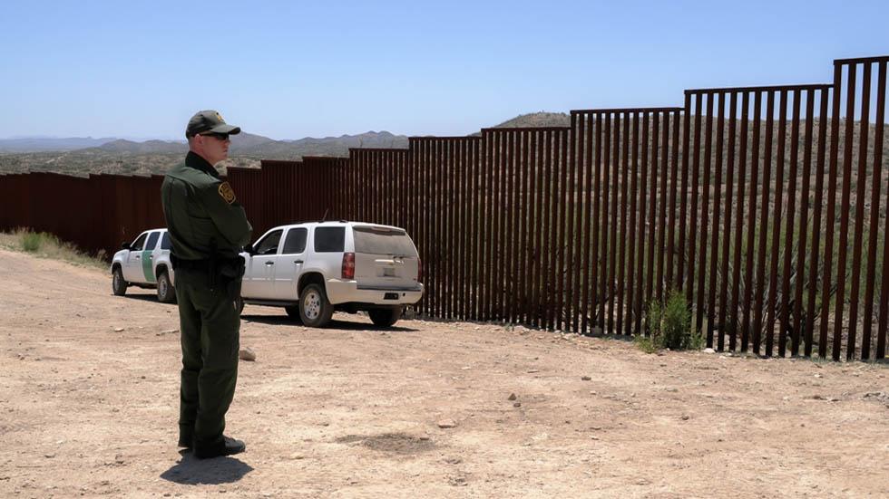 Patrulla fronteriza presume que reporteros propician cruces ilegales. Noticias en tiempo real