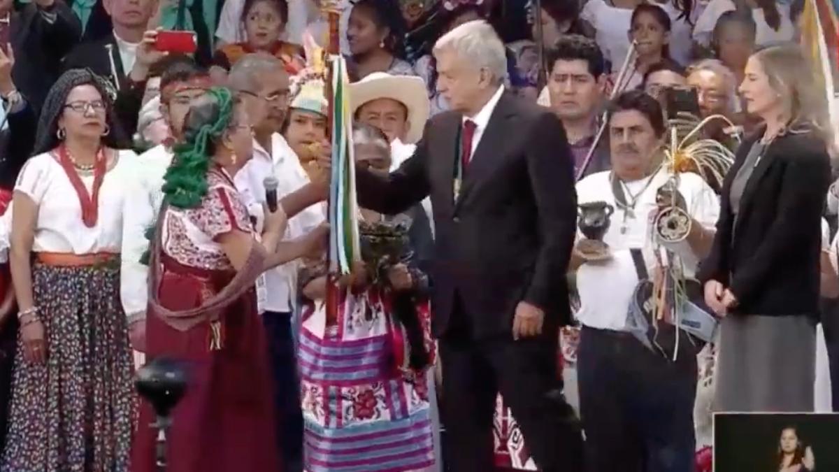 Pueblos indígenas entregarán Bastón de Mando a AMLO en el zócalo