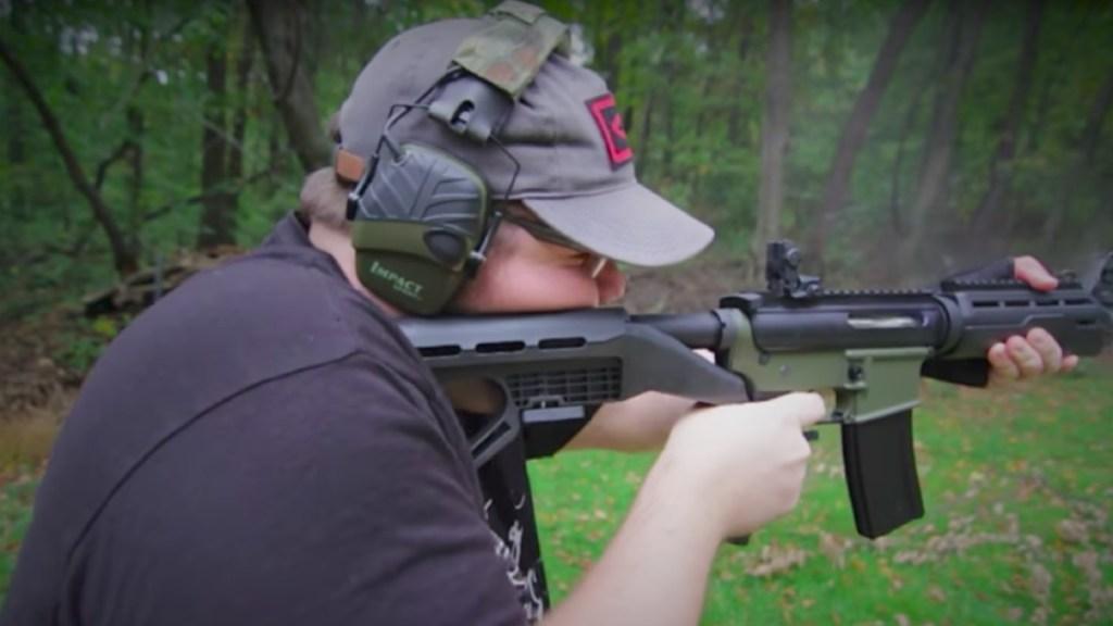 EE. UU. prohibe dispositivo para disparar ráfagas con rifles - EE. UU. prohibe las conocidas como bump stocks