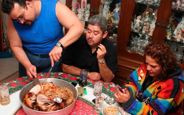Mexicanos gastarán más de cuatro mil pesos en cena de Navidad - Foto de Telemundo