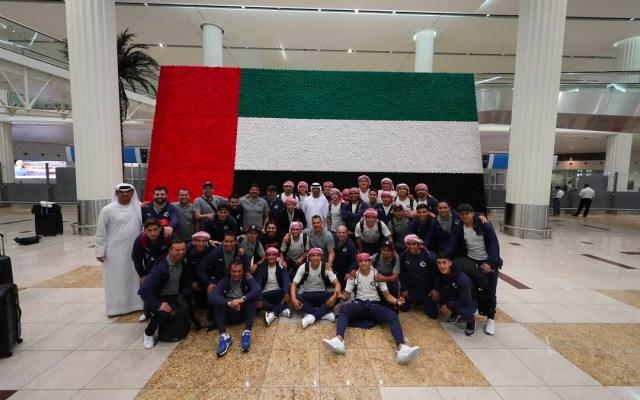 Chivas llega a Dubái para disputar el Mundial de Clubes - El Guadalajara compartió en redes sociales la llegada de los jugadores al aeropuerto de Dubái. El sábado 15 se enfrentan al Kashima Antlers. Foto de Chivas