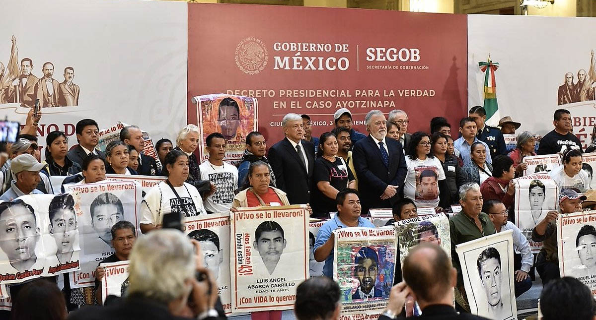 Ayotzinapa es un asunto de Estado: AMLO