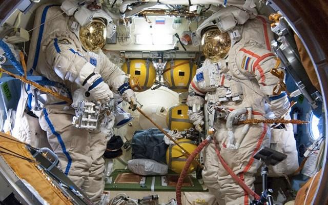 Inicia exploración de la fisura hallada en la Estación Espacial - Foto de Estación Espacial Internacional