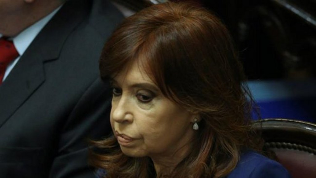 Confirman juicio contra Cristina Fernández por sobornos - Cristina Fernández de Kirchner está acusada de recibir sobornos para obras públicas