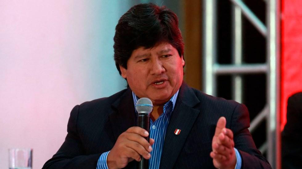 Detienen a presidente de Federación Peruana de Futbol por corrupción