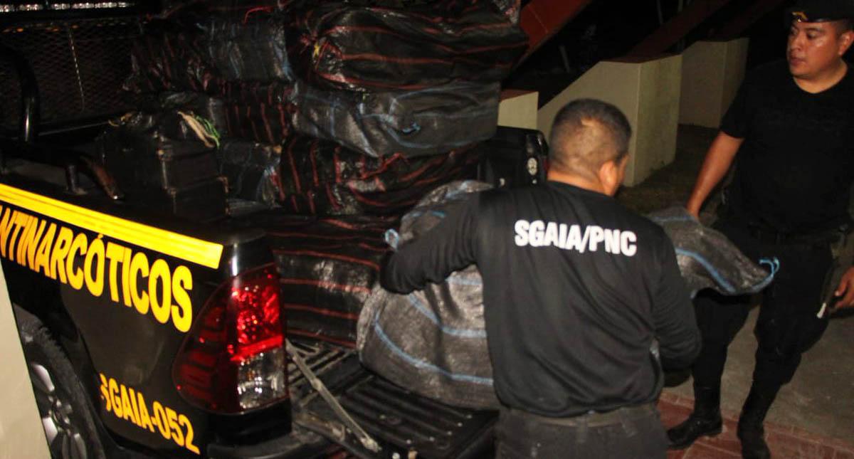 La Policía de Guatemala incautó 4.3 toneladas de droga. Foto de @PNCdeGuatemala