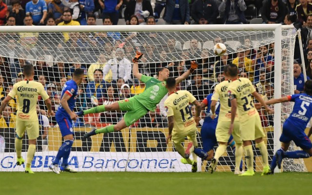 Decepciona el primer asalto entre América y Cruz Azul - Foto de Mexsport