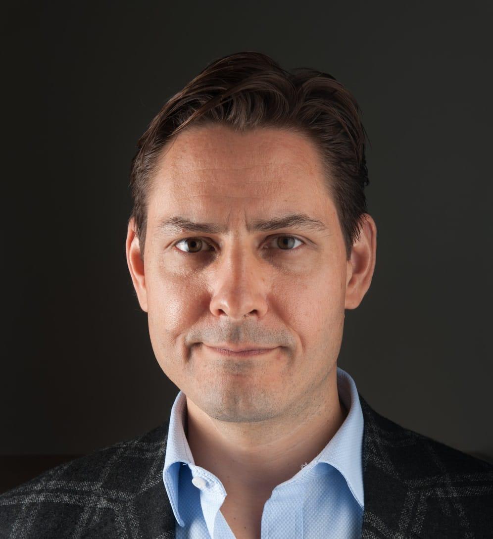 Conceden libertad provisional a directiva de Huawei detenida en Canadá