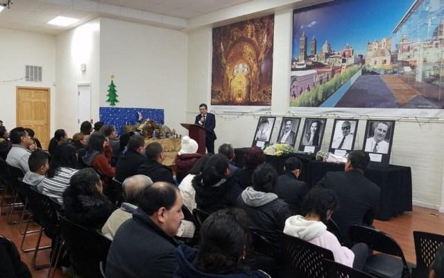 Migrantes poblanos homenajean a Martha Érika Alonso y a Moreno Valle - Foto de @ComSocPuebla