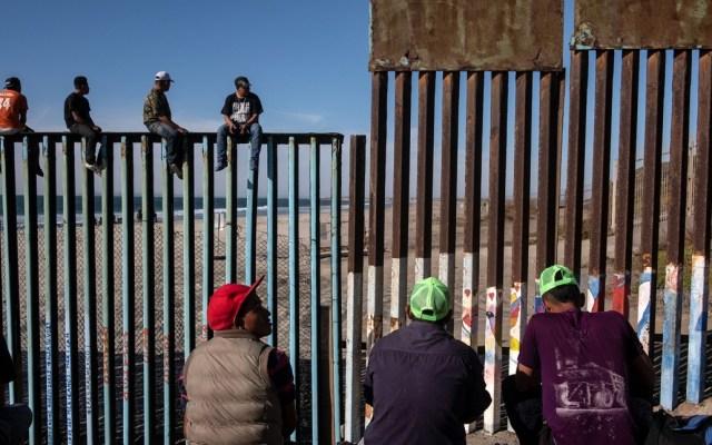 Migrantes buscarán cruzar a EE.UU. sin importar vigilancia - Foto de AFP