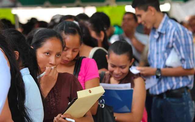 Programa federal para apoyar a 'ninis' costará 100 mil mdp - Foto de El Diario de Juárez