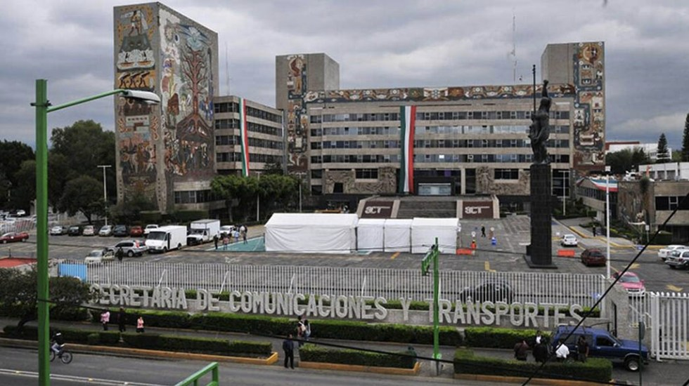 Denuncian despido de casi 500 personas en la SCT - Foto de Internet