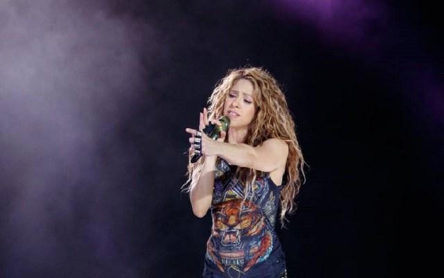 Fiscalía de España demanda a Shakira por fraude fiscal - Shakira en concierto en Bogotá. Foto de @shakira
