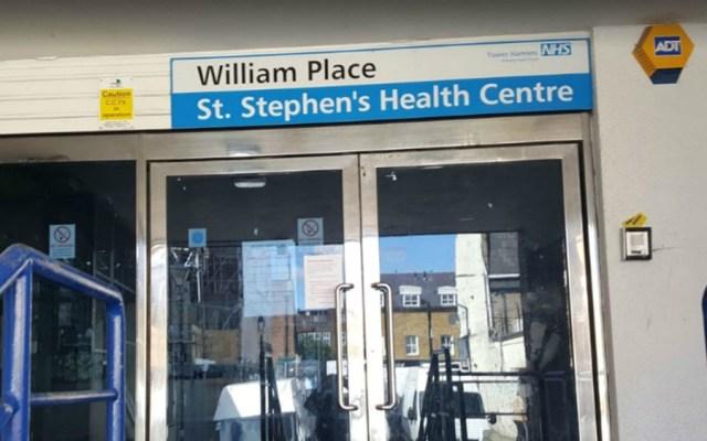 Sujeto ataca con machete a tres personas en hospital de Londres - hospital Londres