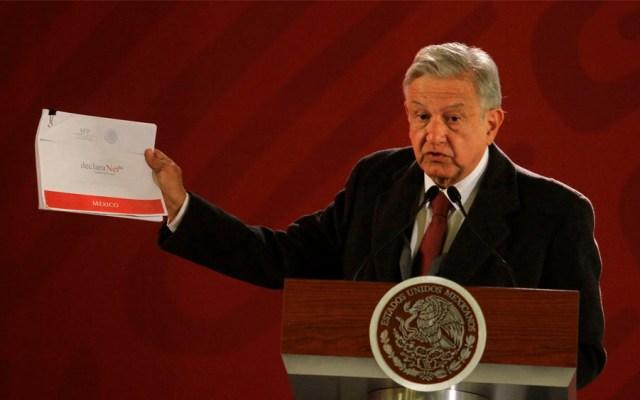 López Obrador presenta su declaración patrimonial - Foto de Notimex