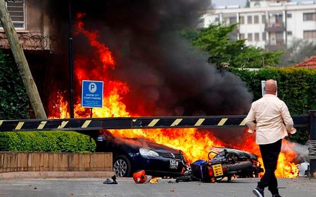 Explosión y tiroteo en complejo hotelero de Nairobi - Foto de Reuters
