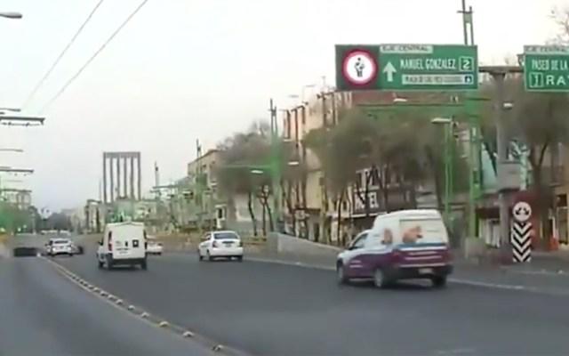 #Video Bache afecta a automovilistas en Eje Central y Reforma - Captura de Pantalla