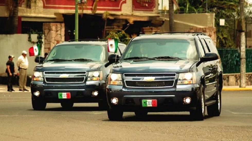 """Venderán en """"tianguis"""" vehículos del Estado Mayor Presidencial - Camionetas del Estado Mayor Presidencial. Foto de Internet"""